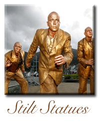 stiltwalkerstatue